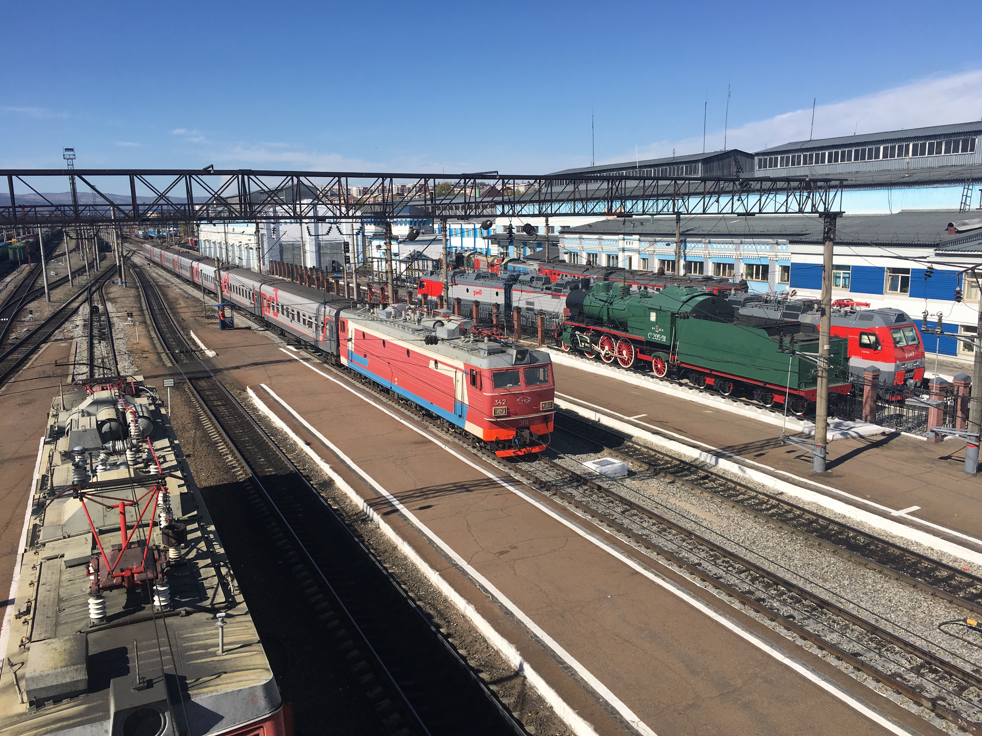 Watch The Trans-Siberian Railway Might Soon Take Passengers From London to Tokyo video